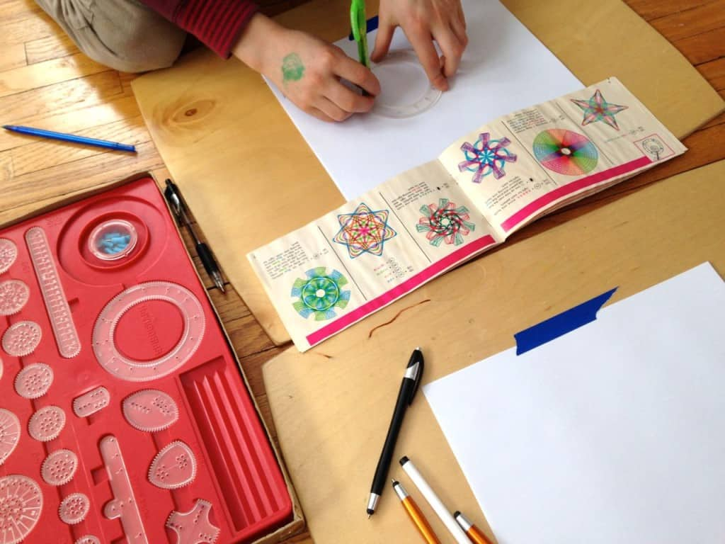 unplugged family time spirograph